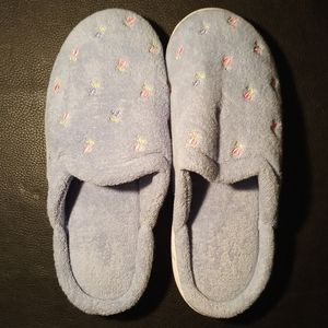 isotoner Shoes - Isotoner Terrycloth Foam Slipper 6.5-7
